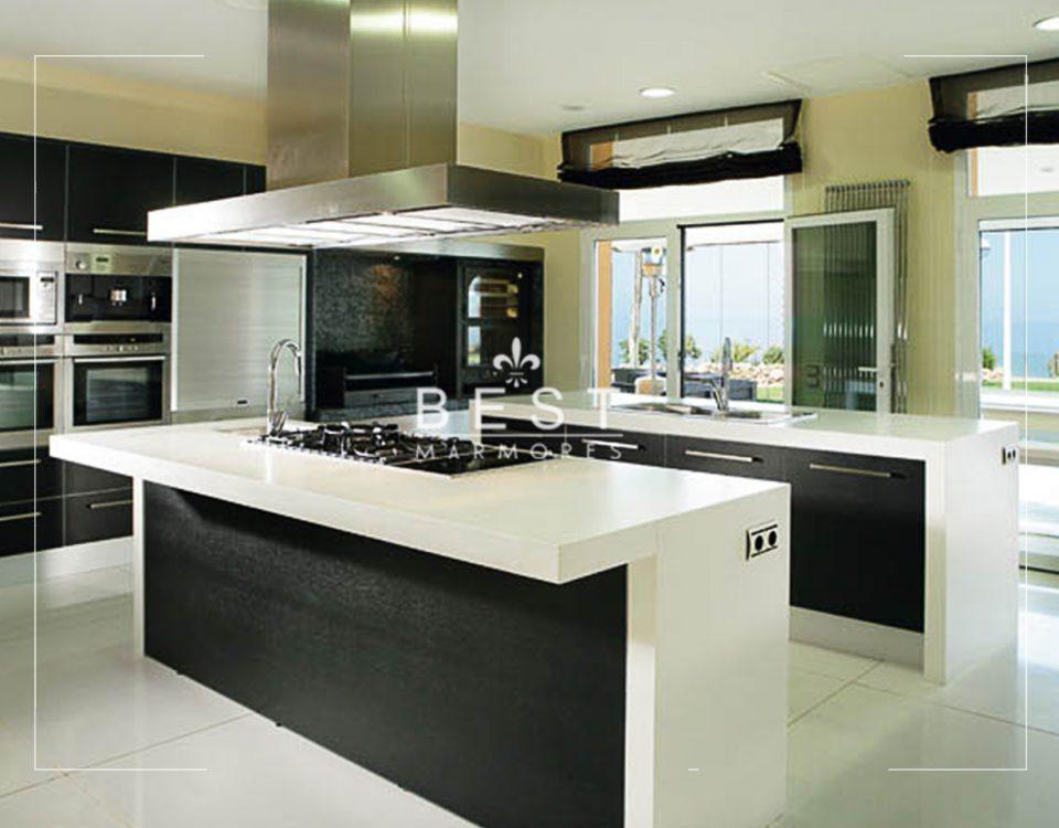 Ilha de cozinha em quartzo branco Foto 01